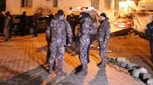İstanbul Emniyet Müdürlüğü'nde yaşanan bıçaklı saldırı sonrası operasyon başlatıldı