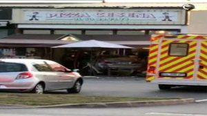 Paris'te bir araç pizzacı dükkanına daldı: : Ölü ve yaralılar var…
