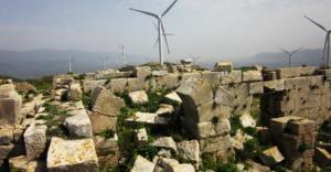 1500 yıllık manastırda RES manzarası