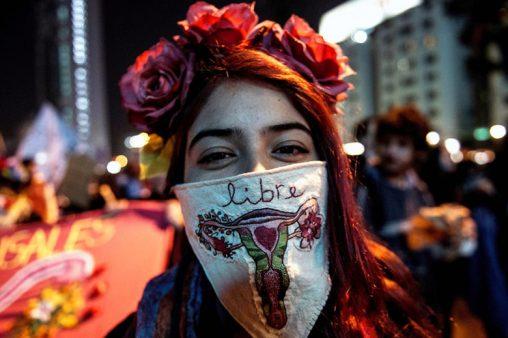 Şili'de kürtaj yasağı 'sonunda' kısmi olarak kalktı