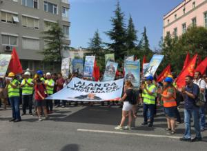 TKP'den TFF önünde Fatih Terim protestosu: Alan da veren de hesap verecek