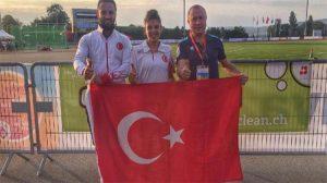 Esra Bayrak, uzun atlamada Dünya Şampiyonu oldu