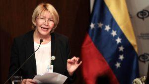Maduro'nun görevden aldığı Venezuela Başsavcısı Ortega, Kolombiya'ya kaçtı