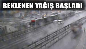 İstanbul'da beklenen yağış başladı; Vatandaşlar zor anlar yaşadı