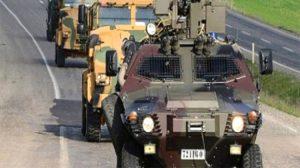Teröristler Siirt Pervari'de zırhlı araca patlayıcıyla saldırdı!