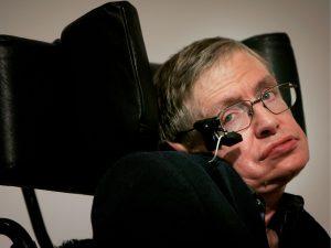 Hawking açıkladı: Uzaydan sinyal var