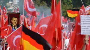 Almanya'dan şok karar! 6 bin Türk sınır dışı ediliyor
