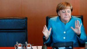 Angela Merkel'in Türkiye açıklamaları bozuk plağa döndü…