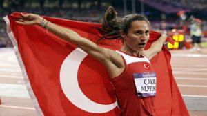 Aslı Çakır Alptekin'e Atletizm'den ömür boyu men cezası verildi!