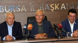Deniz Baykal: 2018 yılında erken seçim önümüze gelecek