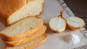 """Yeni müfredat: """"Türklerin sofra zevki yoktur; Ekmek, tuz, soğan buldular mı…"""""""