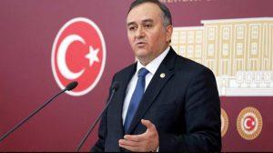 MHP'li Erkan Akçay, AKP'nin yeni Milli Eğitim Müfredatına tepki gösterdi