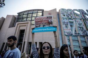 Cumhuriyet Davası yarın Silivri'de görülecek: Gazetecilere Özgürlük!