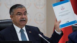Bakan Yılmaz'dan müfredata absürt savunma: Atatürkçülük, Beden Eğitimi dersinde anlatılıyor