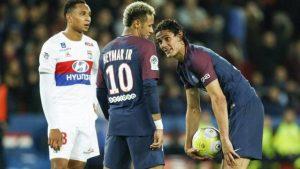 """""""Penaltıları sen atma, 1 milyon euro verelim"""" teklifini yanıtladı!"""