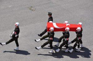 Şehit cenazesi yürüyüşlerinde artık 'Segah Tekbiri' okunacak
