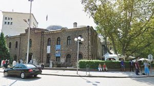 Sayın Cumhurbaşkanı CHP'yi bırak, Bulgaristan'a bak: 500 yıllık camiyi bar yaptılar!
