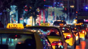 İstanbul'da Türkçe konuşanlar, taksilere zor biniyor!