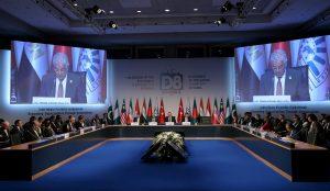 D-8 Dönem Başkanlığı Türkiye'ye geçti
