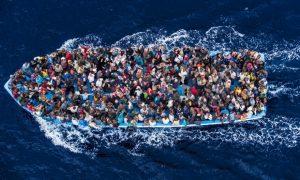 2017'de Akdeniz'den Avrupa'ya geçmeye çalışan en az 2 bin 800 mülteci hayatını kaybetti