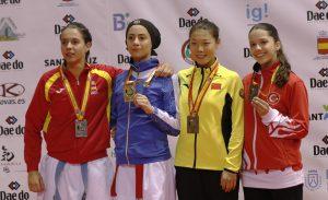 Asena Pekmezoğlu karatede dünya 3'üncüsü oldu