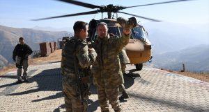 Genelkurmay Başkanı Hulusi Akar'dan sınıra ziyaret: İncelemelerde bulundu!