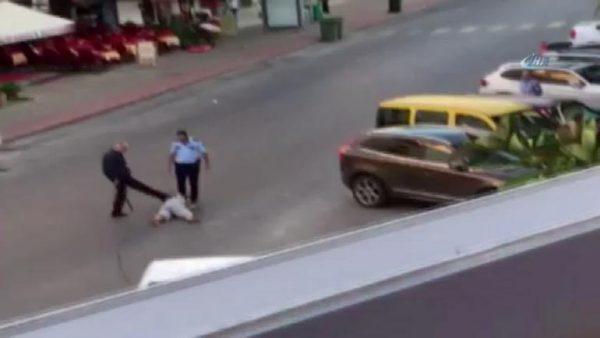 Polisin dövdüğü o kadının kimliği belli oldu.