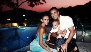 Mustafa Sandal boşanıyor mu?