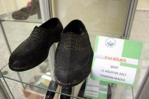 Şehit Eren Bülbül'ün 'kara lastik' ayakkabısı müzede