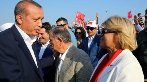 CHP'den Kadir Topbaş'a Tansu Çiller sorusu