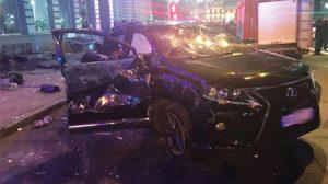 Ukrayna'da araç kalabalığın arasına daldı: 6 ölü
