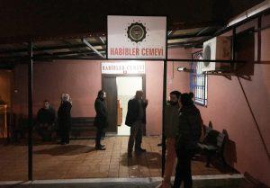 İstanbul Habipler Cemevi'ne provokatif saldırı: İçinde ateş bulunan kovayı içeri attılar!