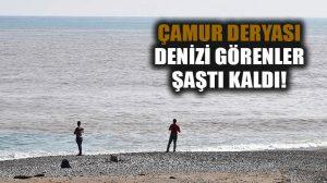 Antalya Körfezi, yağmurla birlikte çamur rengine büründü