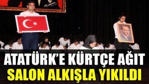 Atatürk için Kürtçe ağıt! Salon alkışla yıkıldı