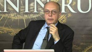 Cüneyt Akman doların birden yükselme nedenini açıkladı