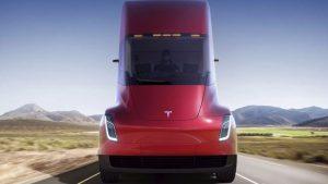 Elon Musk elektrikli kamyonlar için tarih verdi!