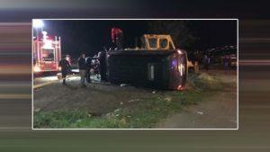 Erdoğan'ın koruma ekibini taşıyan minibüs takla attı