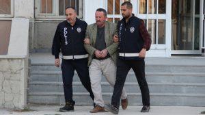 """Erzurum'da Muhabire """"FETÖ demeyeceksin, Hoca efendi diyeceksin"""" diyen şüpheli gözaltına alındı"""