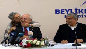 Kılıçdaroğlu, Gürpınar'da kadınlarla bir araya geldi