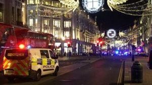 Londra'da metro istasyonunda silah sesleri! Metro panikle tahliye edildi!