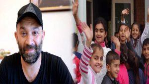 Arka Sokaklar dizisinin Mesut komiseri Şevket Çoruh Sur'daki çocukları sevindirdi