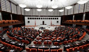 AKP, YSK teklifini sundu!