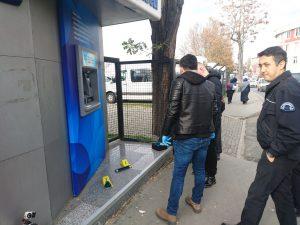 İstanbul'da bir ATM'de kart kopyalama cihazı bulundu