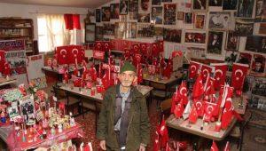 78 yaşındaki çiftçi, biriktirdiği 2 bin fotoğrafla Atatürk Evi açtı