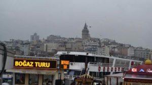 Eminönü'nde tekne yangını!