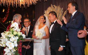 Hande Fırat evlendi: Erdoğan nikaha katılmadı!