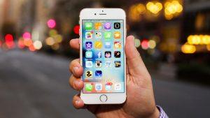 Apple itiraf etti: Eski iPhone'ları kasten yavaşlatıyoruz çünkü…