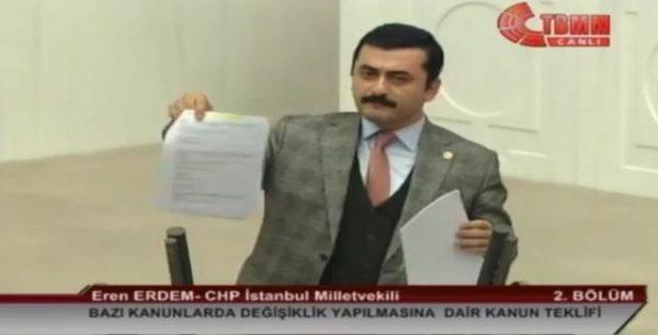 CHP'li Eren Erdem'den AKP'ye belgeli Kudüs tepkisi!