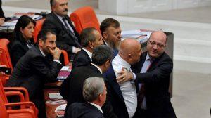 "Meclis'te ""vatan haini"" gerginliği!"