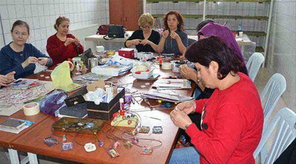 Eskişehir'de geri dönüşüm takılarla sağlanıyor